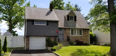 Union Twp. Single Family Home For Sale: 2728 Hickory Rd