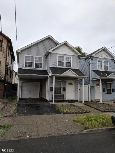 Elizabeth City Multi Family Home For Sale: 224 Pine St