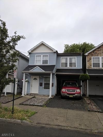 Elizabeth City Multi Family Home For Sale: 226 Pine St
