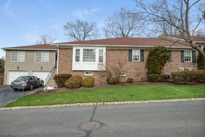 Florham Park Boro Condo/Townhouse For Sale: 86 Brandywyne Dr