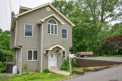Denville Twp. Single Family Home For Sale: 24 Vista Way