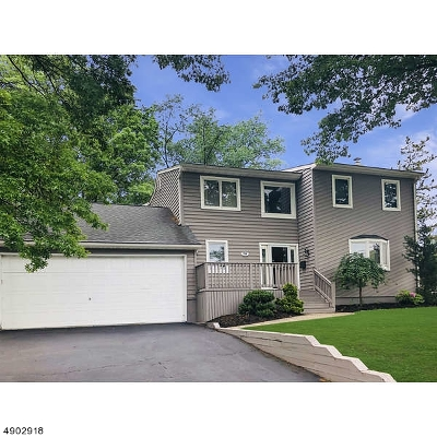 Clark Twp. Single Family Home For Sale: 190 Broadway
