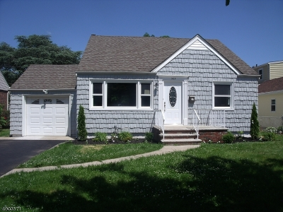 Union Twp. Single Family Home For Sale: 565 Self Master Pky