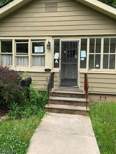 Rahway, Rahway City Single Family Home For Sale: 1750 Rutherford St