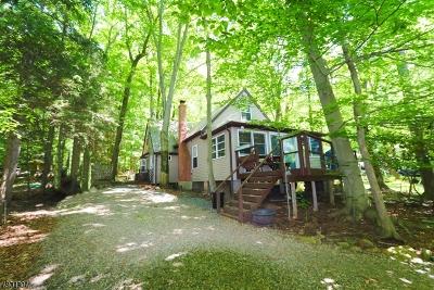 Denville Twp. Single Family Home For Sale: 61 Estling Lk Rd #61