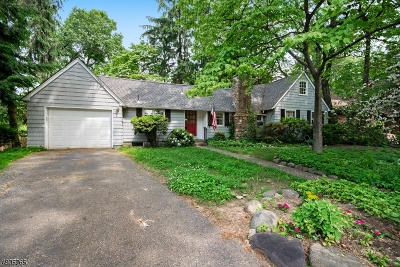 Denville Twp. Single Family Home For Sale: 63 Lakewood Dr