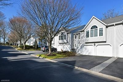 Hillsdale Boro Condo/Townhouse For Sale: 8 Bradshaw Ct (606)