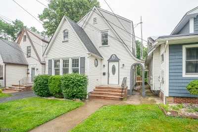 Single Family Home For Sale: 2145 Stecher Ave