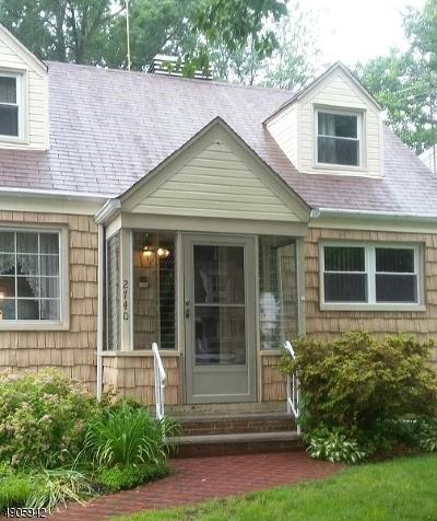 Single Family Home For Sale: 2740 Killian Pl