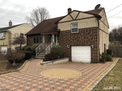 Single Family Home For Sale: 749 Liberty Ave
