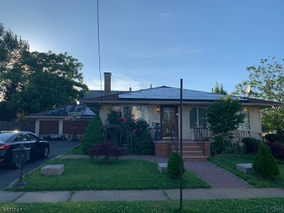 Linden City Single Family Home For Sale: 51 East Linden Ave #1