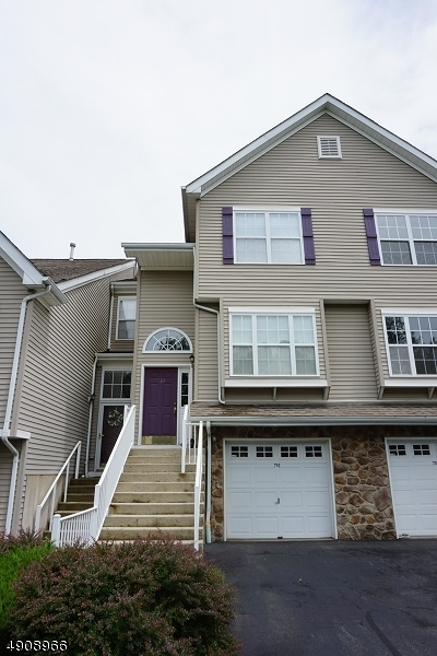 Randolph Twp. Condo/Townhouse For Sale: 710 Wendover Ct