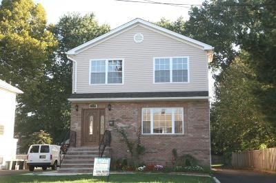 Union Twp. Single Family Home For Sale: 989 W Chestnut St