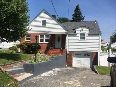 Union Twp. Single Family Home For Sale: 432 Colonial Ave