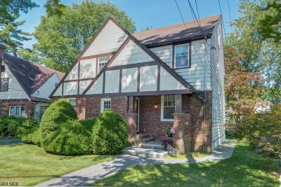 Maplewood Twp. Single Family Home For Sale: 43 Burr Rd