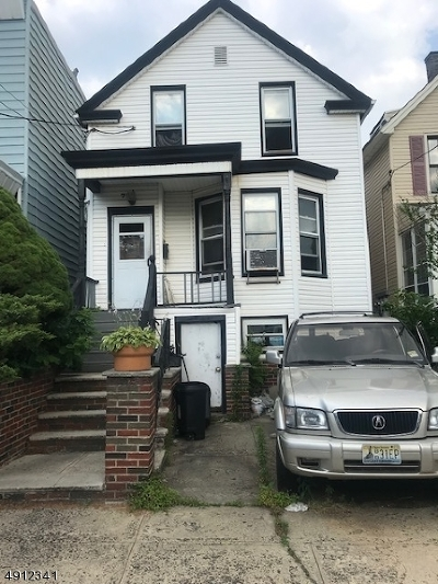 Jersey City Single Family Home For Sale: 72 Columbia Ave