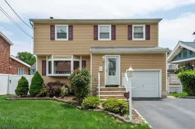 Woodbridge Twp. Single Family Home For Sale: 19 W Cliff Rd