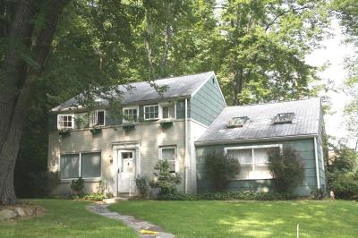 Scotch Plains Twp. Single Family Home For Sale: 171 Victor St