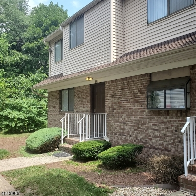 Union Twp. Condo/Townhouse For Sale: 801 Orchard Meadows Dr N #801