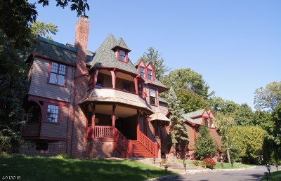Montclair Twp. Single Family Home For Sale: 208 N Mountain Ave