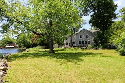 Denville Twp. Single Family Home For Sale: 26 Lakewood Dr