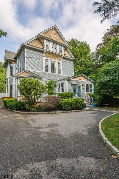 Montclair Twp. Single Family Home For Sale: 386 Park St