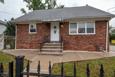 LINDEN Single Family Home For Sale: 1700 Klem Ave
