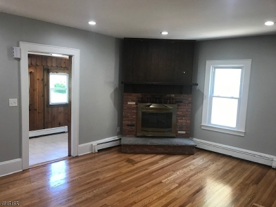 Roxbury Twp. Single Family Home For Sale: 90 S 1st Ave