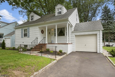 Cranford Twp. Single Family Home For Sale: 512 Gallows Hill Rd