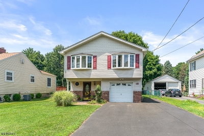 Single Family Home For Sale: 18 Hunter St