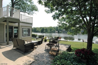 Denville Twp. Single Family Home For Sale: 94 W Shore Rd