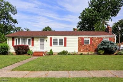 Woodbridge Twp. Single Family Home For Sale: 3 N Alice Ct