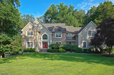 Union Twp. Single Family Home For Sale: 8 Deer Run Rd