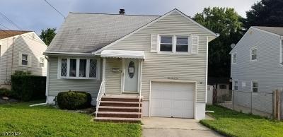 Woodbridge Twp. Single Family Home For Sale: 132 Carolyn Ave