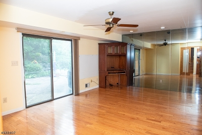Edison Twp. Single Family Home For Sale: 38 Brookside Rd