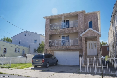 Elizabeth City Multi Family Home For Sale: 322-324 Amity St