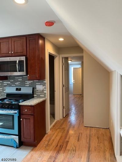 Elizabeth City Multi Family Home For Sale: 1084 Bond St #3