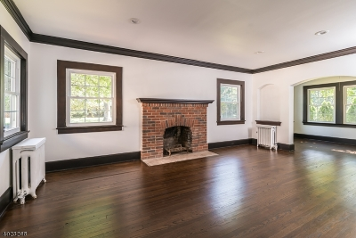 Montclair Twp. Single Family Home For Sale: 81 Watchung Ave