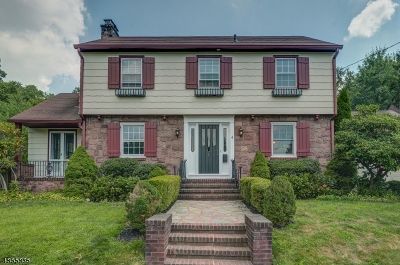 Maplewood Twp. Single Family Home For Sale: 4 Norfolk Ave