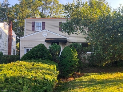 West Orange Twp. Single Family Home For Sale: 50 Buckingham Rd