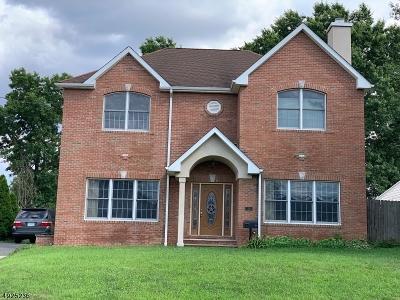 Edison Twp. Single Family Home For Sale: 56 Chestnut St
