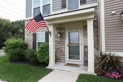 South Amboy City Condo/Townhouse For Sale: 104 Bayside Ct