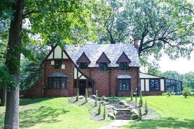 Plainfield City Single Family Home For Sale: 950-60 Mayfair Way
