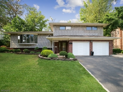 Clark Twp. Single Family Home For Sale: 33 St Germain Dr