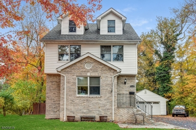 Springfield Single Family Home For Sale: 36 Beverly Rd