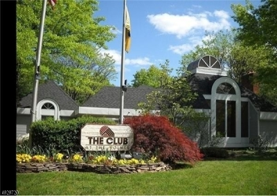 Union Twp. Condo/Townhouse For Sale: 422 Tournamentdr #8