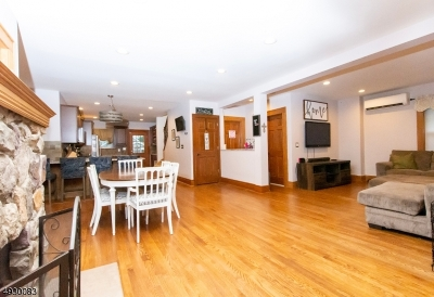Cranford Twp. Single Family Home For Sale: 45 Hillcrest Ave