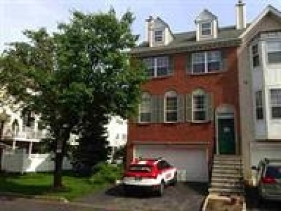 Jersey City NJ Condo/Townhouse For Sale: $499,000