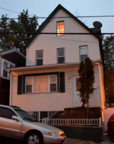 North Bergen Single Family Home For Sale: 1117 85th St