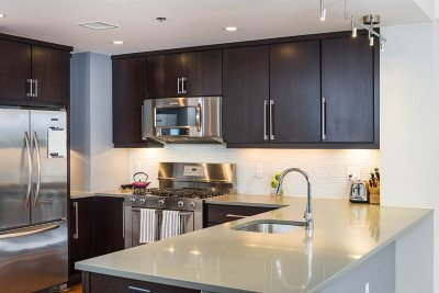 Hoboken NJ Condo/Townhouse For Sale: $999,999